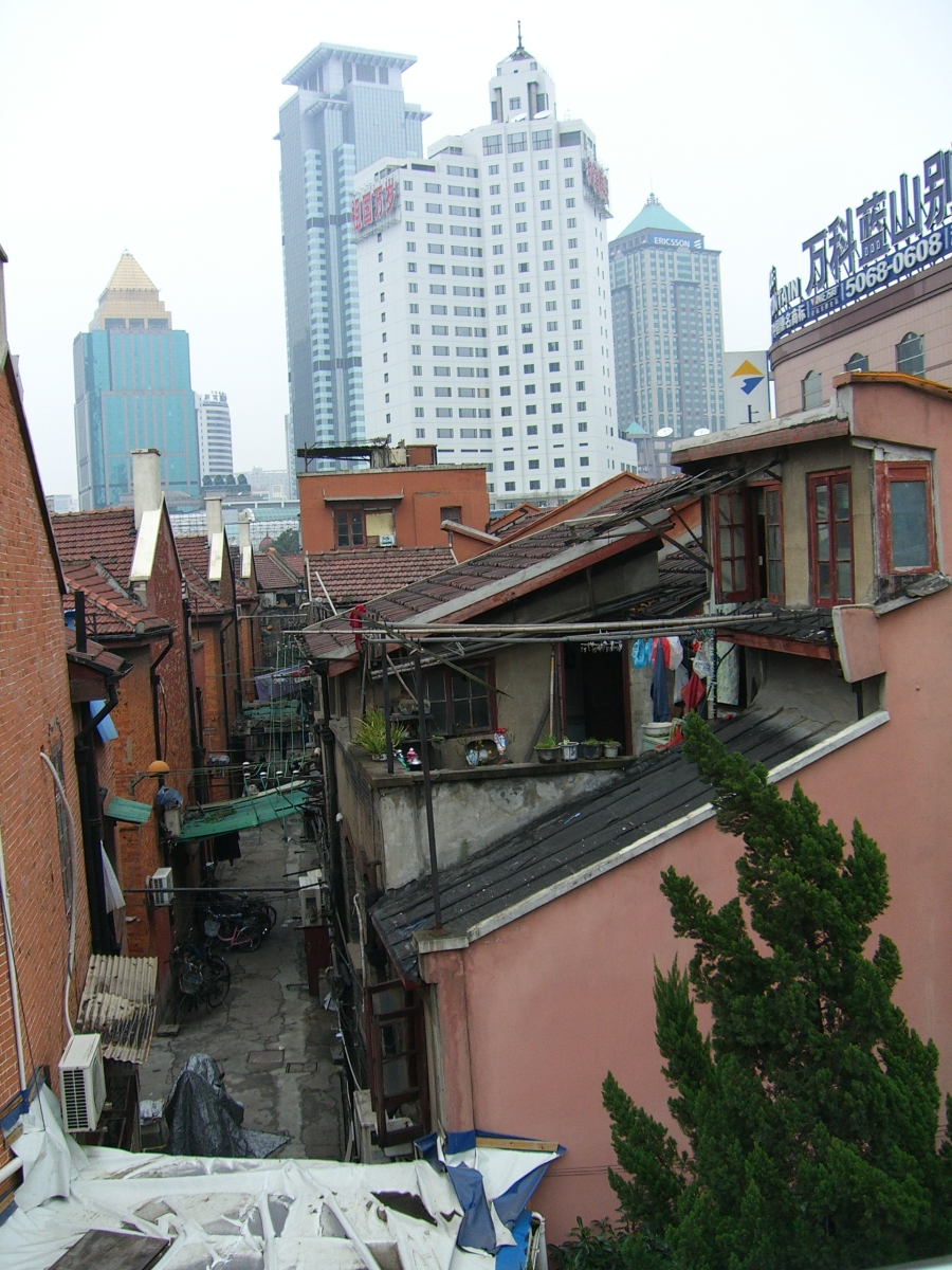 shanghai_old_and_new_architecture